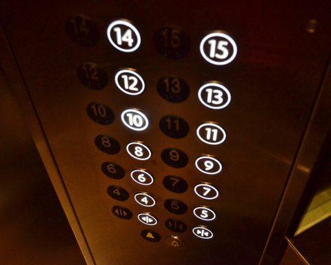 ascensor comunidad vecinos